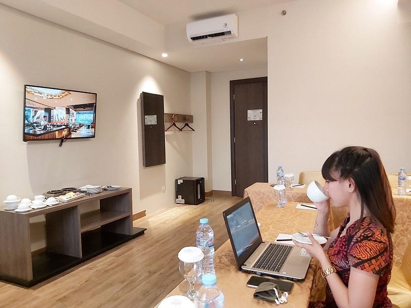 Smart Office Space sebagai Solusi Produktif Bekerja di Luar Kantor