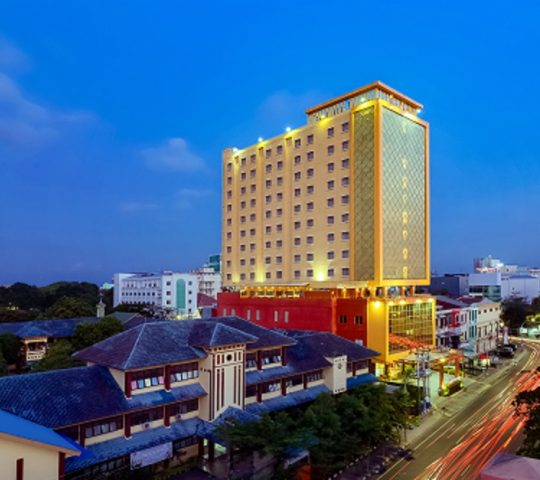 Hotel Best Western Plus Makassar Beach