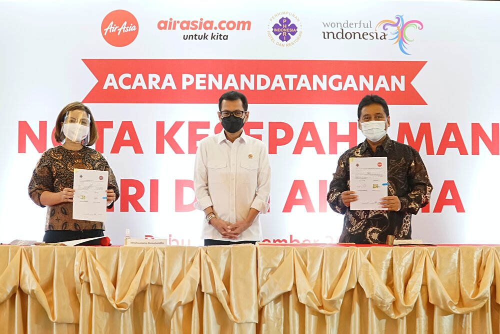 Kolaborasi Pulihkan Ekonomi PHRI dan AirAsia promosikan penerbangan dan hotel se-Indonesia