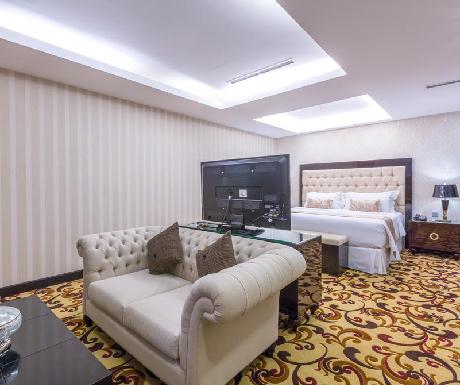 Wyndham Hotel Surabaya