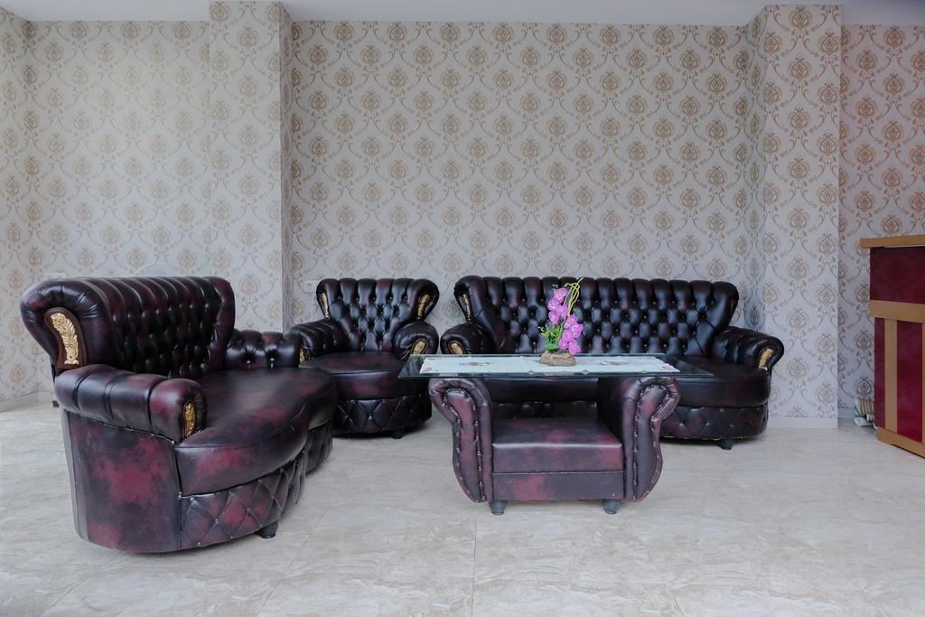 OYO 1024 Palem Asri Residence Syariah