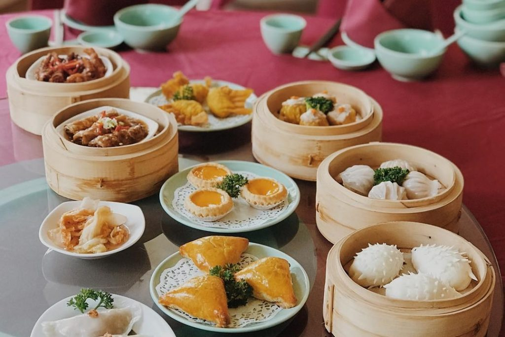 Cara baru menikmati IMLEK Dinner ke Rumah oleh Harris Hotel Malang