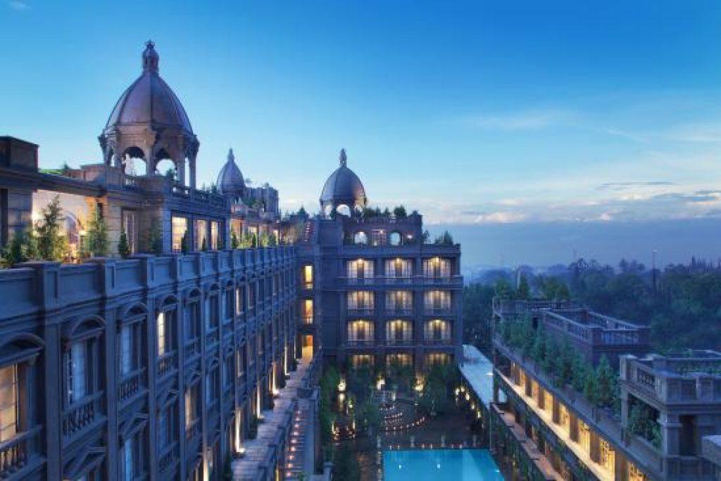 Ini Dia 5 Hotel di Bandung! Fans Liverpool Mana Nih?