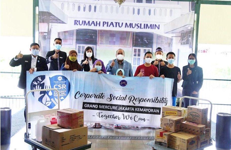 Grand Mercure Jakarta Berbagi Kehangatan Bersama Rumah Piatu Muslimin
