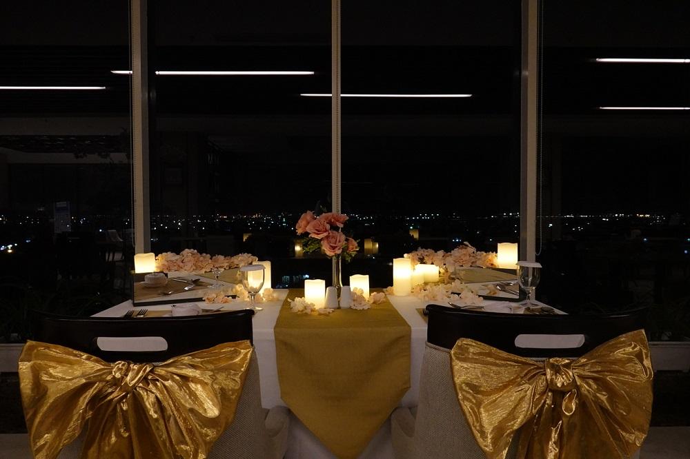 Romantic Dinner ASTON Inn Gresik (1)