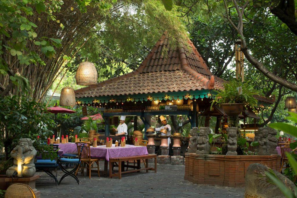 Arumanis, Sitinggil, and Kizahashi by Hotel Bumi Surabaya