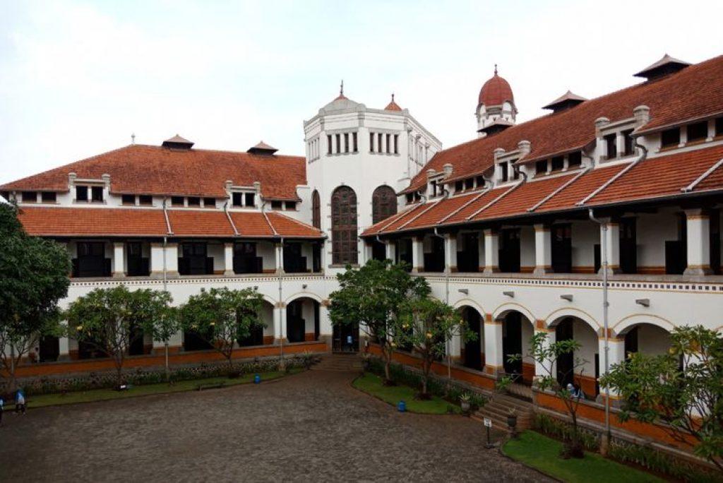 Destinasi Wisata Yang Wajib Dikunjungi Saat ke Semarang