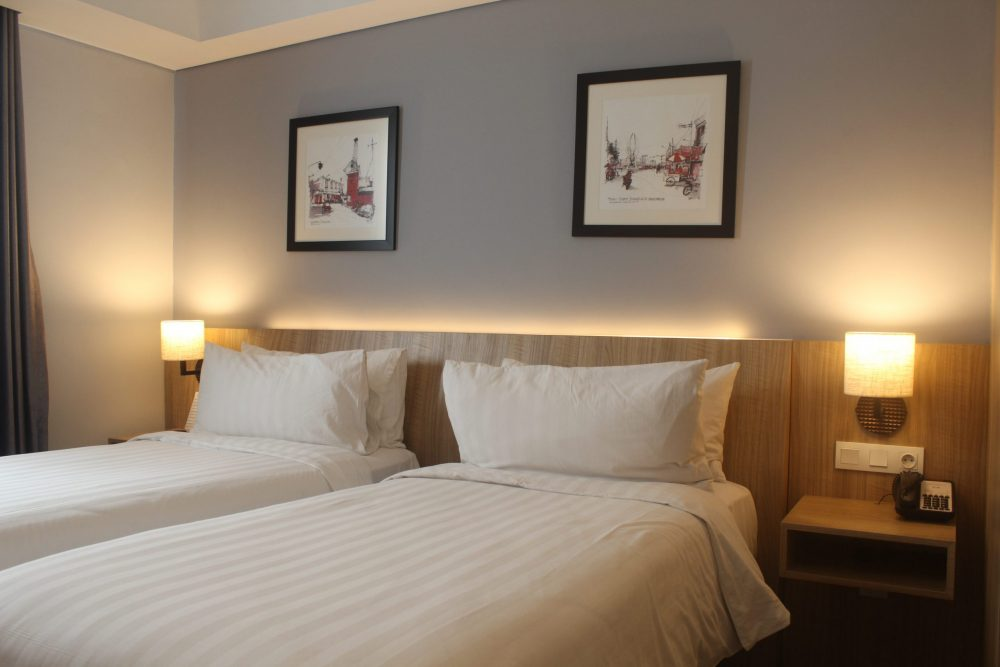 Superior room with twin bed ASTON Inn Gresik