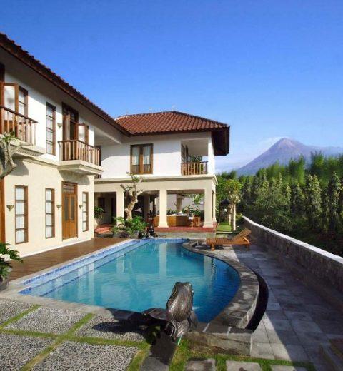 Hotel-Hotel Bersejarah Yang Masih Beroperasi Di Indonesia, Emang masih ada?