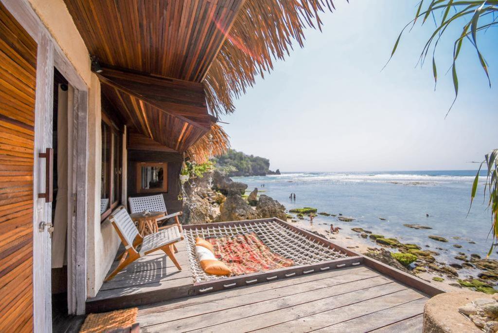 Hotel di Atas Tebing Bali dengan Pemandangan Laut