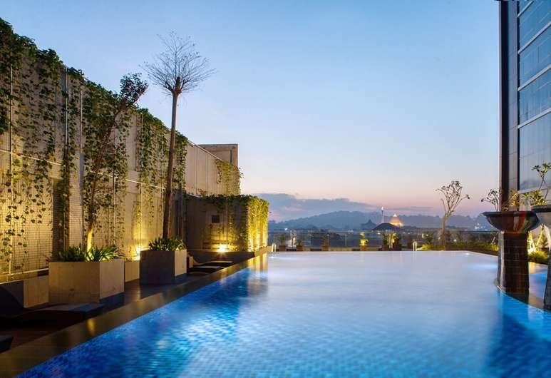 Hotel Santika Gresik