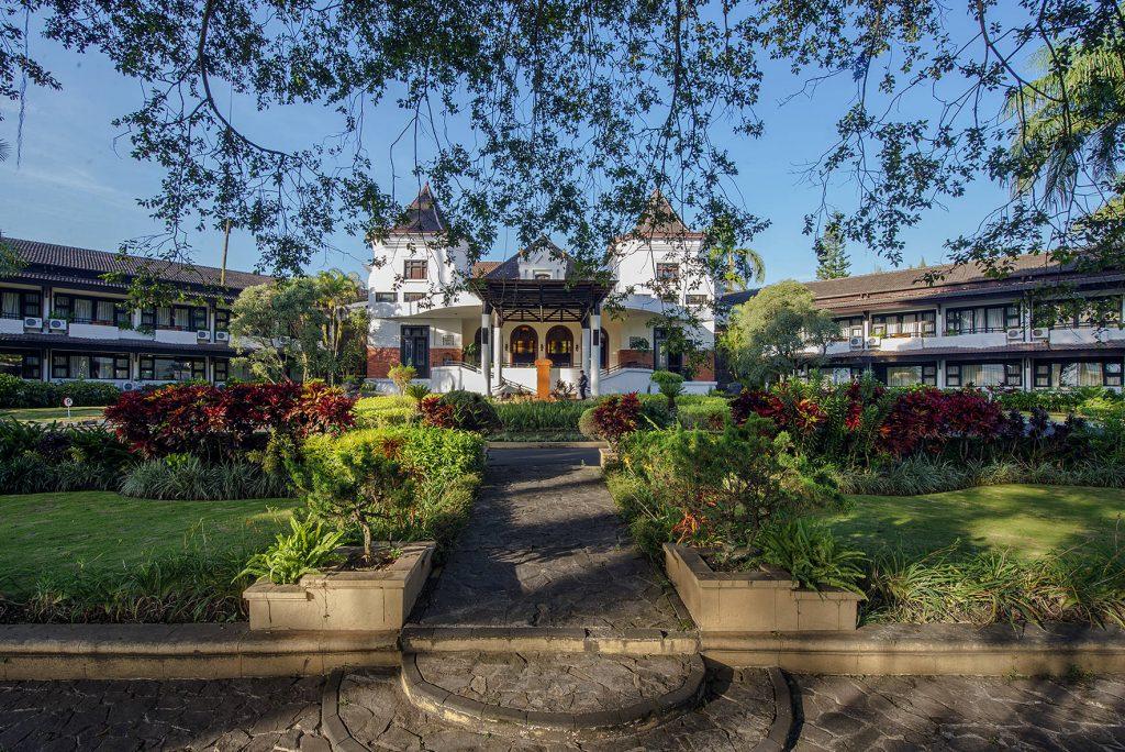 Rekomendasi Hotel di Batu dengan Pemandangan Gunung Panderman
