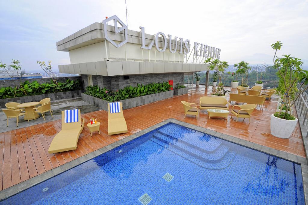 Louis Kienne Hotel
