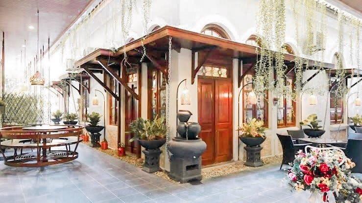 The Garden Suites Hotel Solo