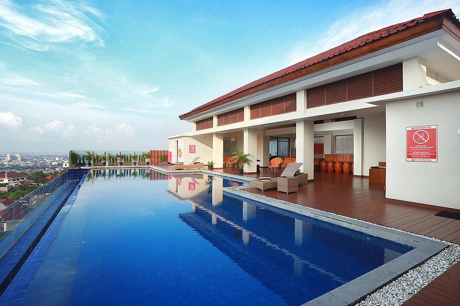 Serunya Berenang Di Beberapa Hotel dengan Infinity Pool Di Semarang