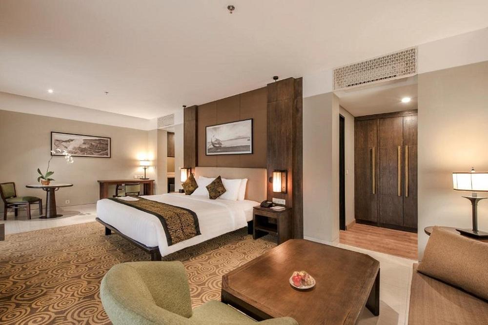 El Royale Hotel & Resort