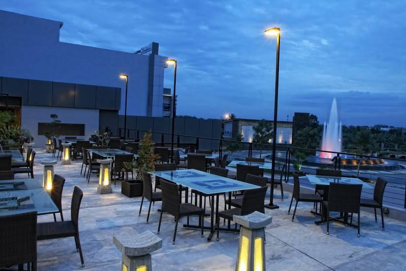 Nuansa Sky Lounge Restaurant