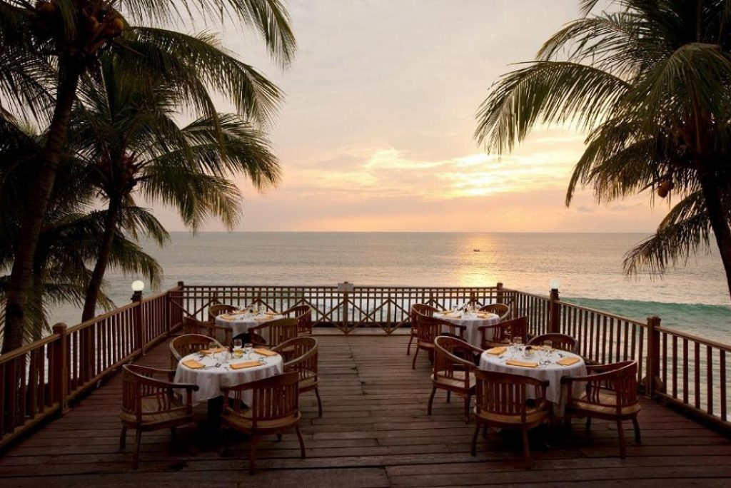Ingin Menginap dengan Suasana Pantai yang Asri? Yuk Simak Rekomendasi Penginapan dengan View Pantai di Anyer