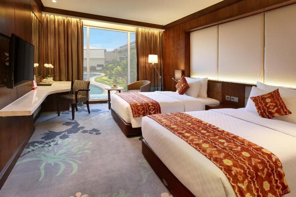 5 Rekomendasi Hotel Untuk Staycation yang Dekat Dengan Pasar Terapung Banjarmasin