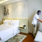 Ngga Bisa Mudik? Staycation di Hotel 200 ribuan Aja!