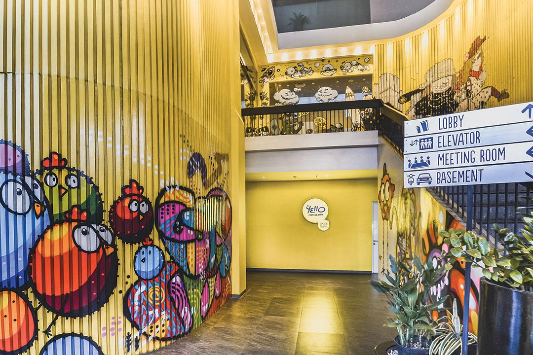 Review Yello Hotel Jemursari