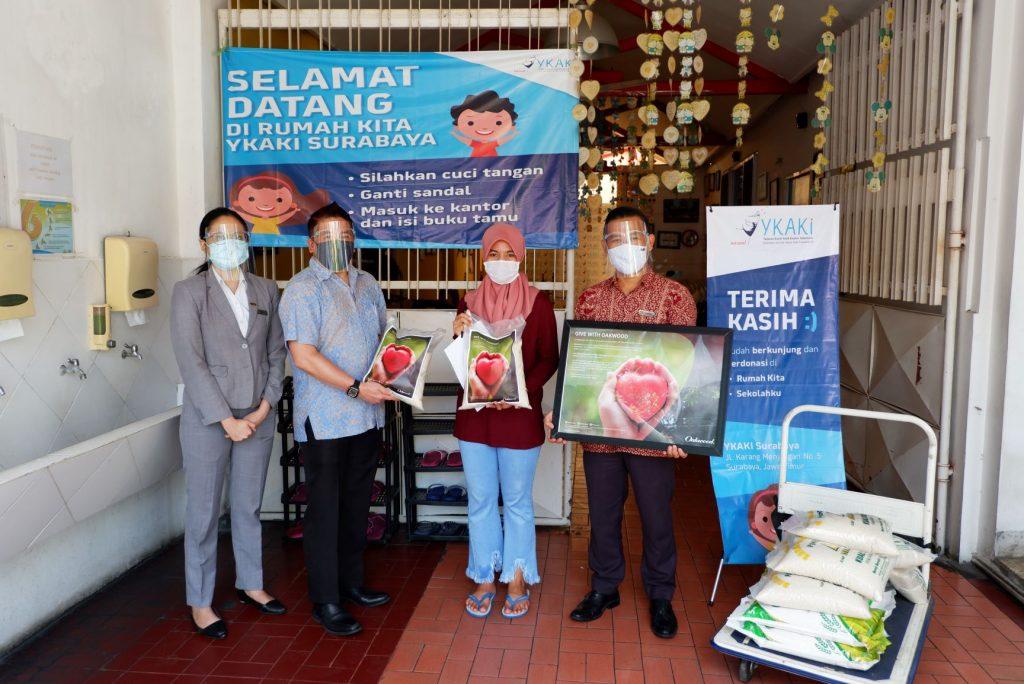 Oakwood Hotel & Residence Surabaya gelar program Give with Oakwood' di masa pandemi