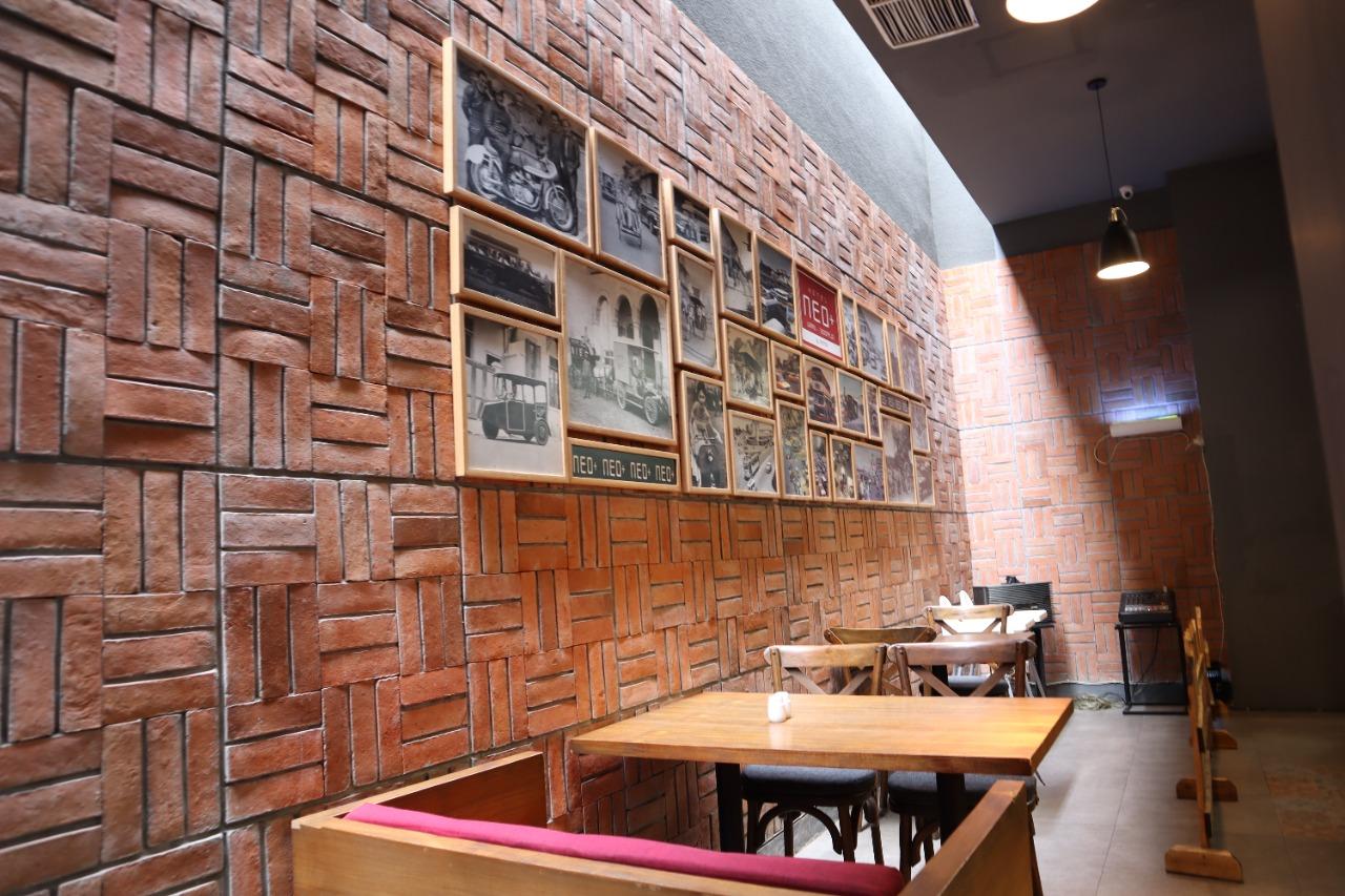 Restaurant Neo Hotel Waru