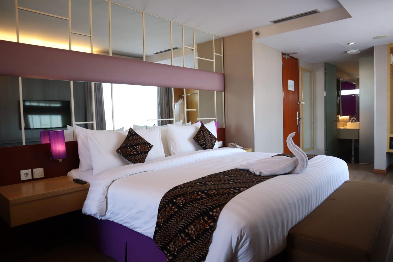Promo Darmo Suite Room di Quest Hotel Darmo Surabaya