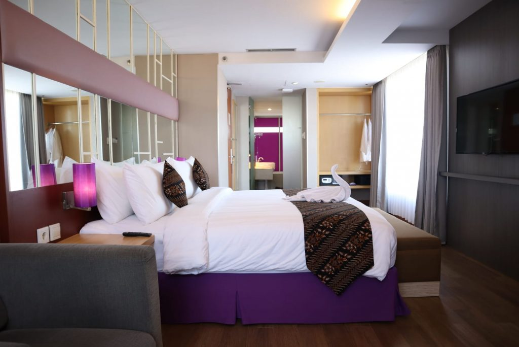 Promo Kamar Terbaru dan BBQ Night di Quest Hotel Darmo Surabaya!
