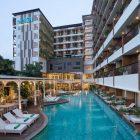 Suasana Baru Kamar Deluxe Premier Hotel Java Paragon