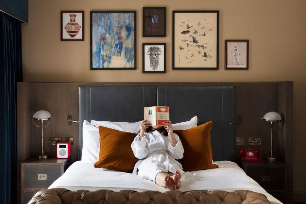 Kimpton Hotels and Restaurants Luncurkan Travel Book Club